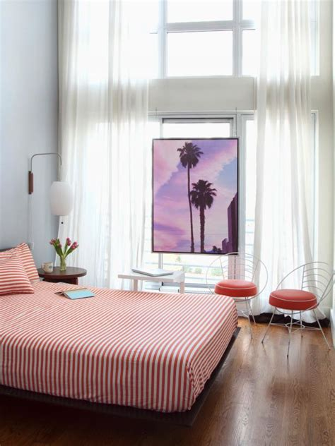 Home Decorating Ideas For Small Spaces Small Space Ideas For The Bedroom And Home Office Hgtv
