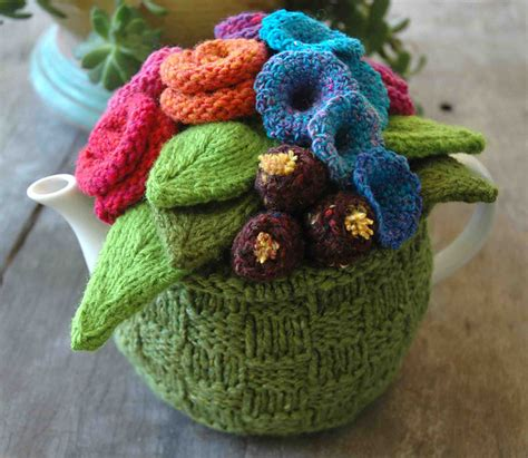 tea cozy knitting pattern loani s tea cosy cosy tea