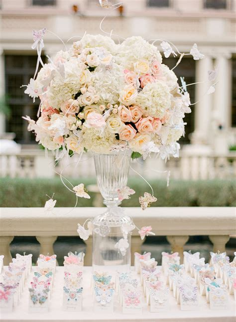 Fresh Flower Arrangements For Weddings by Gorgeous And Fresh Floral Centerpieces For Your