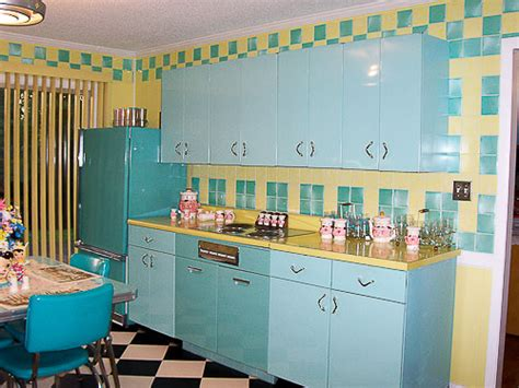 Youngstown Metal Kitchen Cabinets by Lori S Pink Blue And Yellow Retro Kitchen A Whole Lot Of