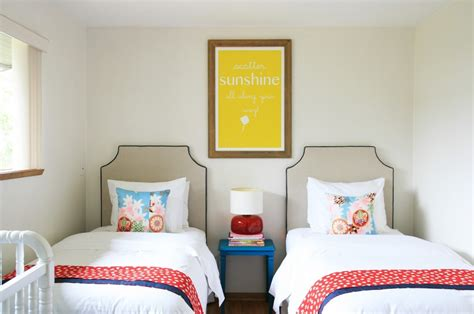 twin bedroom sets ideas for your amazing and creative twin decorating ideas for small bedroom with twin beds