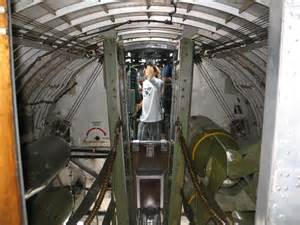 b 17 flying fortress interior www pixshark images