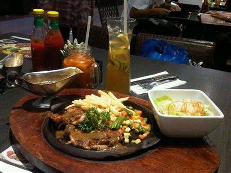 Harga Makanan Dan Minuman Lezat tamani kafe picture of tamani kafe grill jakarta