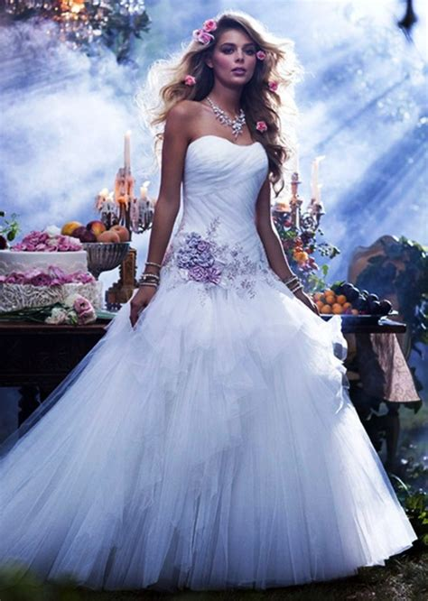 beautiful wedding dress ideas  women