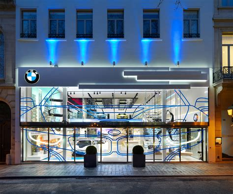 bmw brand store  brussels earns iconic award