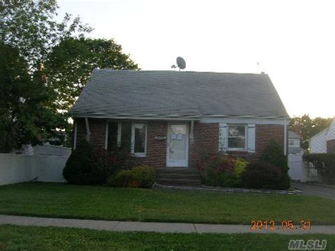 hicksville houses for sale hicksville new york reo homes foreclosures in hicksville new york search for reo