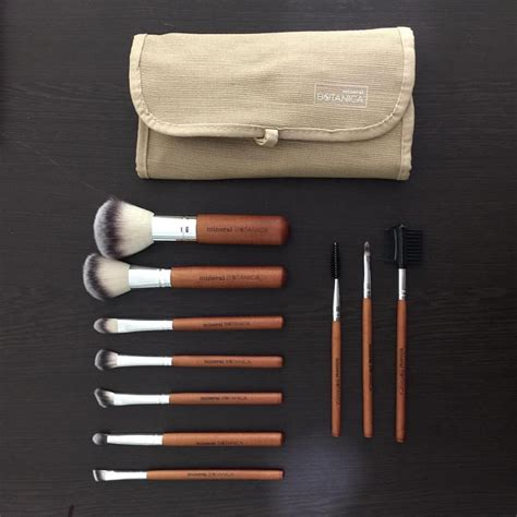 Mineral Botanica Brush by Jual Mineral Botanica Brush Kit Shop