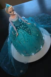 images  frozen  pinterest elsa doll cake disney frozen  elsa frozen cake