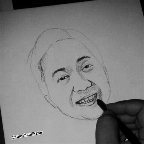 tutorial menggambar menggunakan pensil tutorial melukis wajah dengan pensil rumah karikatur