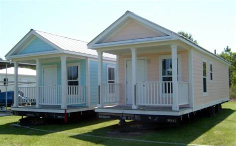 manufactured homes with mother in law suites small modular cottages one is also handicap approved so