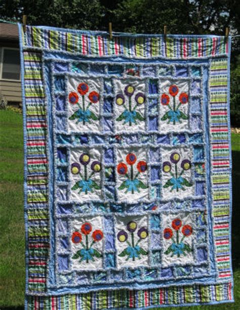 Raggedy Quilt by Photos Of Rag Quilts How To Make A Raggedy Quilt