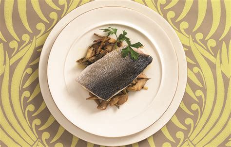 ricette per cucinare il branzino ricetta filetto di branzino e carciofi le ricette de la