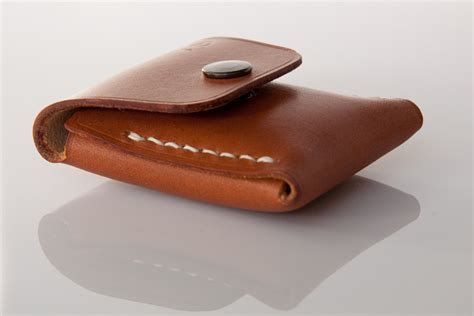 Xpouch E N Leather small coin pouch in beech nut coin nautiloboutique