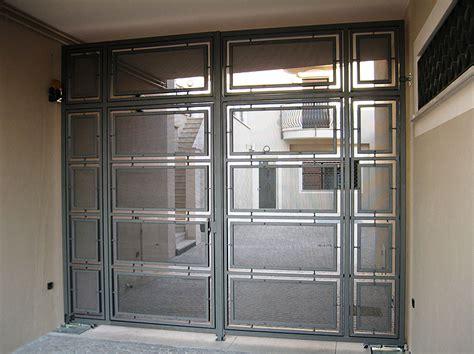 ingresso pedonale cancello con ingresso pedonale pasolini lattoneria