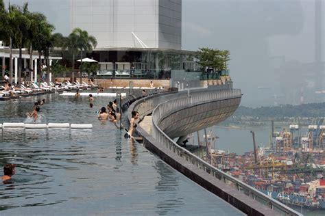 pool view marina bay sands waytoomuchcoffee - Casino Boat Ta