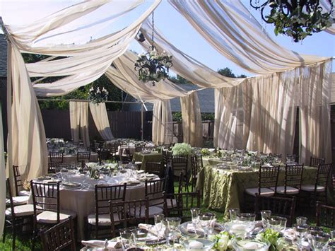 Advantages Of The Outdoor Wedding Reception Weddingelation Backyard Wedding Reception Ideas