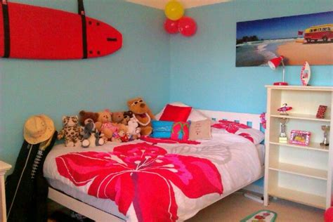 hawaiian themed bedroom 30 best images about girl s surf bedroom on pinterest