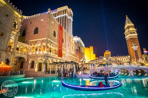 best place to stay in las vegas 8 reasons why the venetian is my favorite place to stay in