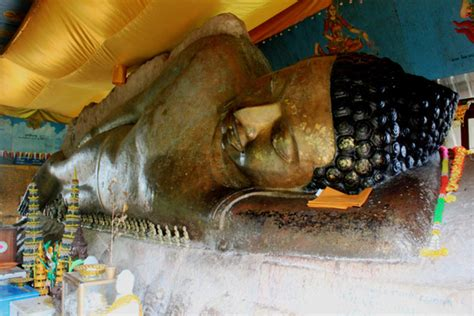 reclining buddha cambodia phnom kulen