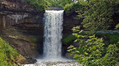 minnehaha park cachoeira congelada picture of minnehaha park minneapolis tripadvisor