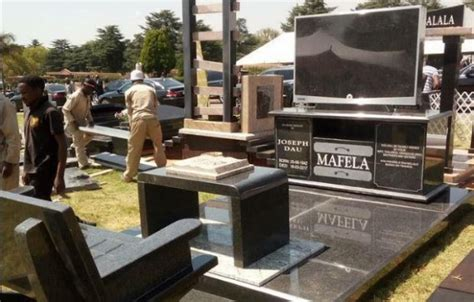 joe s table a true story a place where disabilities become gifts books joe mafela s tombstone unveiled