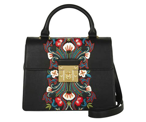 Marks Spencer Floral Print Canvas Bag by 7 High Handbags That Could Almost Be Gucci Tv3 Xpos 233