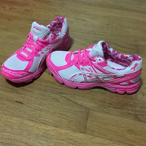asics breast cancer running shoes 20 asics shoes limited edition breast cancer shoes