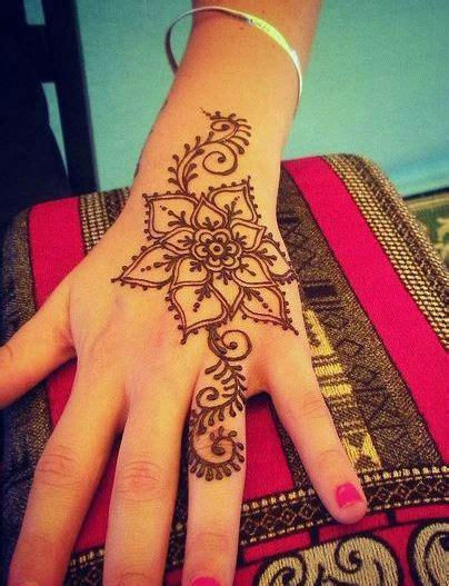 40 delicate henna tattoo designs 40 delicate henna designs henna designs