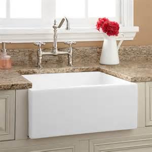 Farmhouse Apron Kitchen Sinks 18 Quot Ellyce Fireclay Farmhouse Sink With Overflow White Kitchen