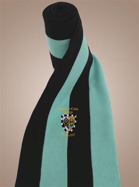 caius crested scarf amies