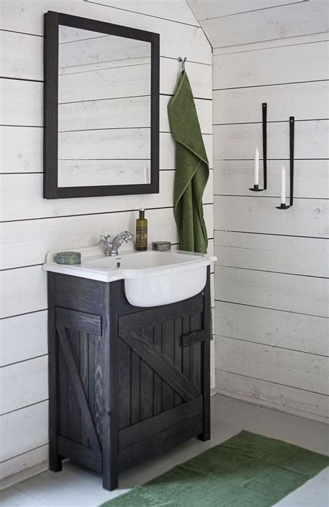 Rustic Bathroom Ideas Pinterest 1000 Ideas About Small Rustic Bathrooms On Pinterest Small Cabin Bathroom Rustic Shower And