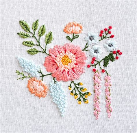 embroidery flores 25 best ideas about floral embroidery patterns on