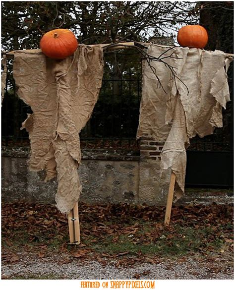 diy creepy halloween decorations scary halloween decoration ideas for outside 34 yard pics