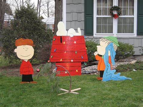 peanuts yard decorations peanuts lawn decorations merry