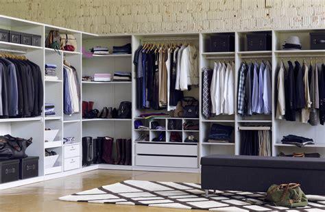 wie groß sollte ein begehbarer kleiderschrank sein wie r 228 umt einen kleiderschrank besser ein sweet home