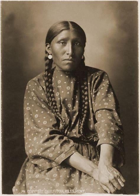 Cheyenne L by Mrs White Elk Cheyenne By L A Huffman 1879 Douglas