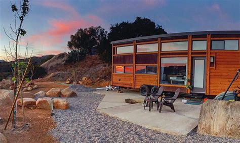 New Traveler XL Limited tiny house can comfortably sleep