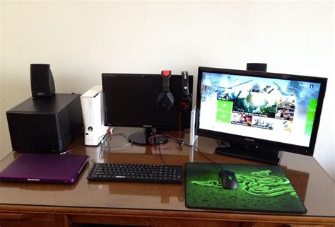 laptop and ps3 with monitor on the desk maybe