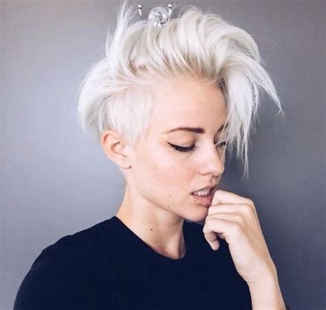 short white hair 25 best ideas about white pixie cut on pinterest pixie