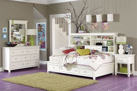 Storage Ideas For Small Bedrooms Storage For Small Bedrooms Images 04