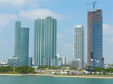 imagenes edificios miami zaha hadid dise 241 ar 225 rascacielos para miami plataforma