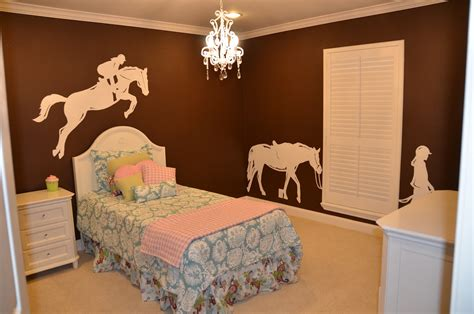 horse bedroom the art girl jackie a sophisticated little girl s bedroom