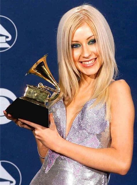 hottest artists in 2000 2000 grammy awards best new artist christina aguilera