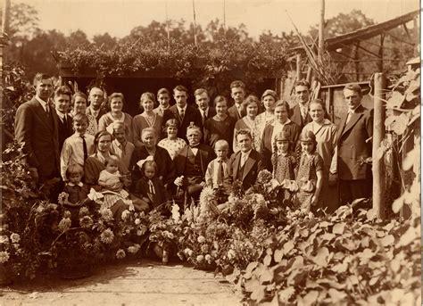 Het 35 Jarig Huwelijksfeest Roelof En Willemina by Kwartierstaat Brouwer Generatie 4 Genealogie Fred