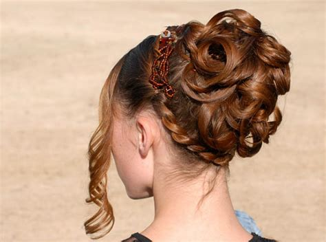 greek goddess hairstyles for short hair updos for long hair that take 10 minutes to style