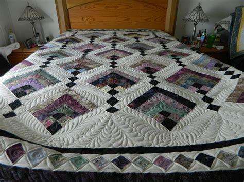 Hanging Quilt by Hanging Gardens Quilt