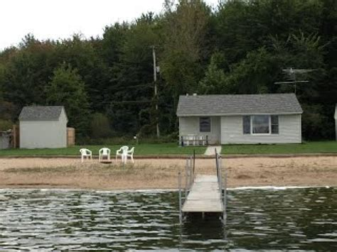 Cabin Rentals In Muskegon Mi affordable family cottages cabin 2 muskegon mi vacation rentals rentmichigancabins