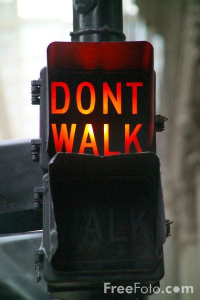 dont walk pictures   image     freefotocom