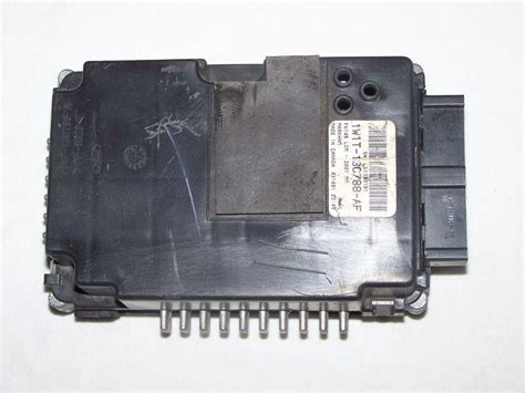 1999 lincoln town car lighting control module sell 98 02 lincoln town car lighting control module lcm