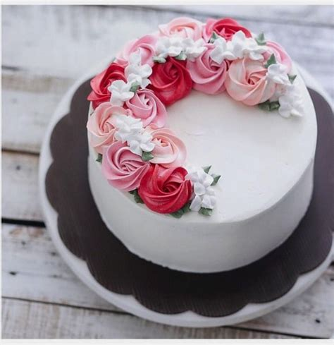 cake decorating ideas for 25 best ideas about buttercream cake on